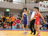 中学生55㎏級3位決定戦進出を賭け地元対決青:三浦修矢(TOSU)vs赤:白川大虎(TOSU)